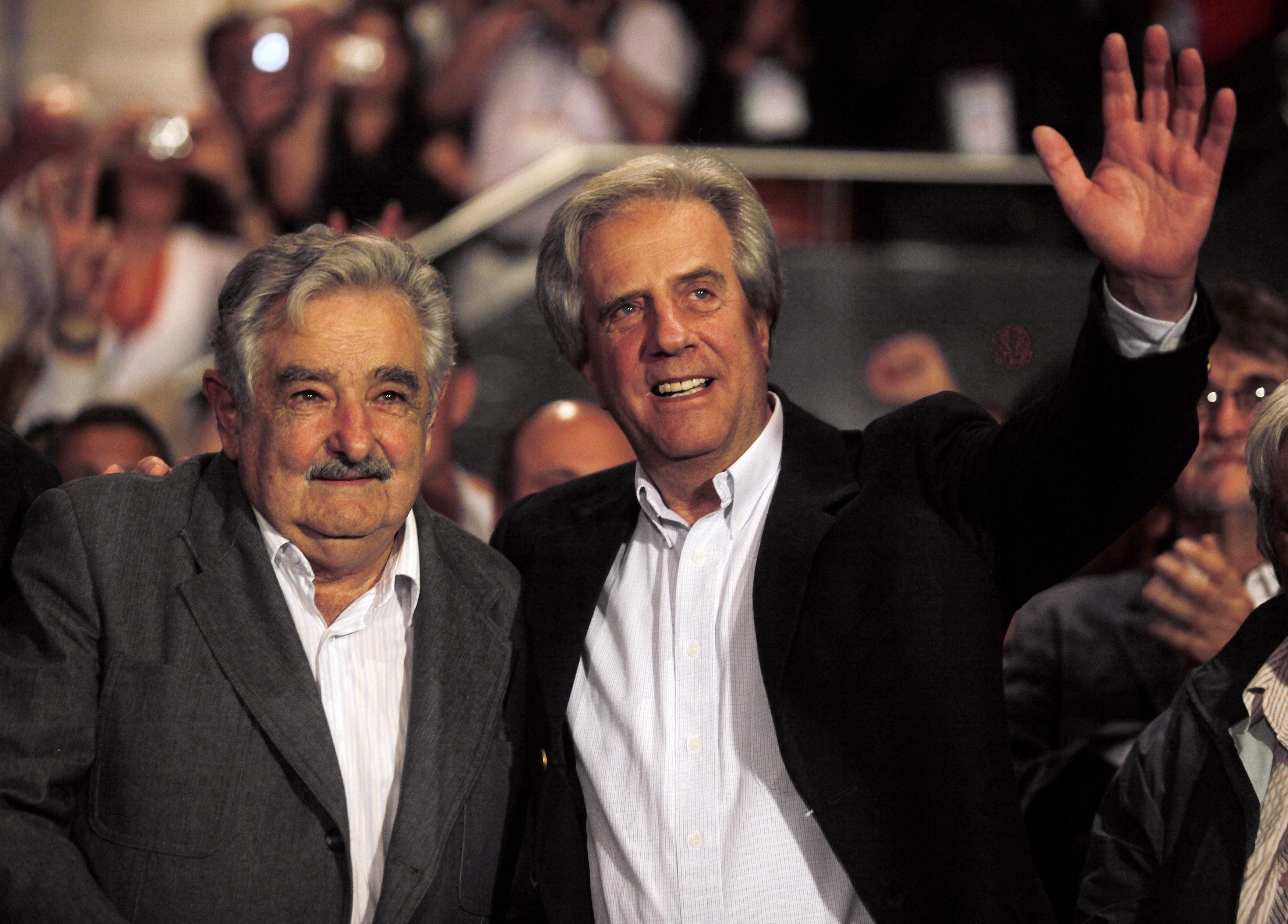 Tabaré Vazquez inicia terceiro mandato consecutivo da Frente Ampla no Uruguai