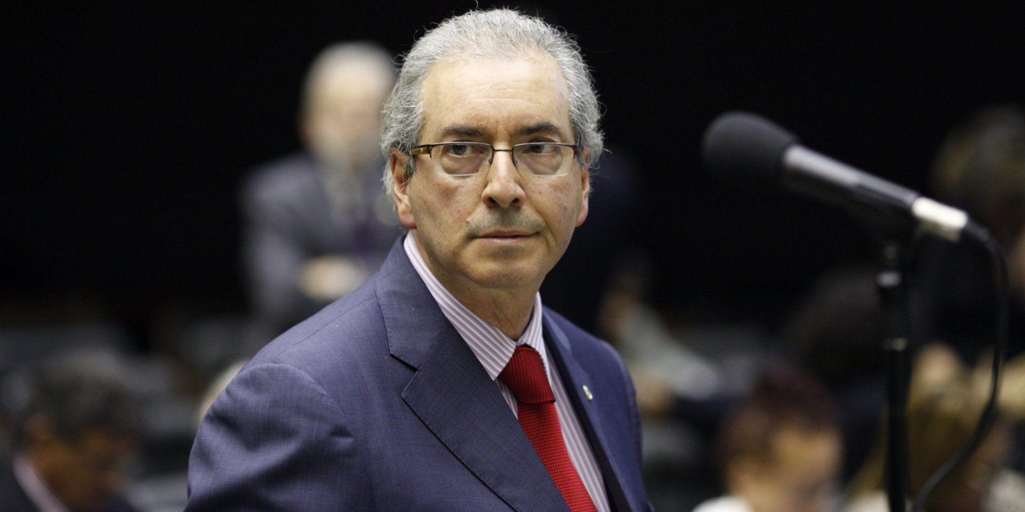 """Deputados criticam """"viés anti-democrático"""" da gestão Cunha"""