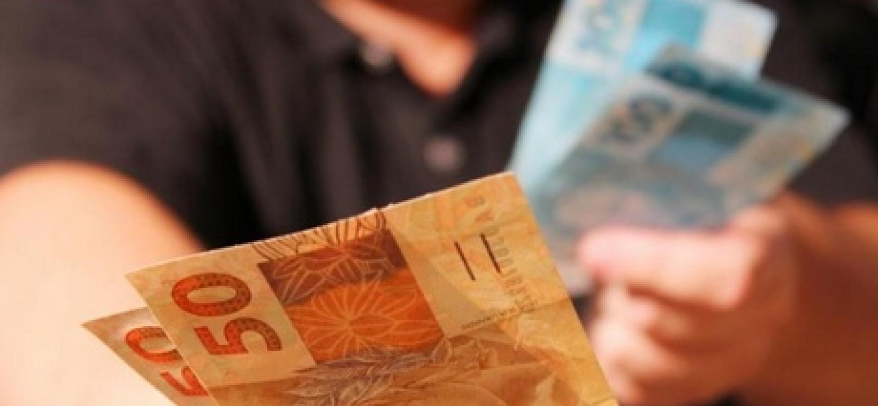 Receita Federal abre consulta ao segundo lote de restituições do IR 2015