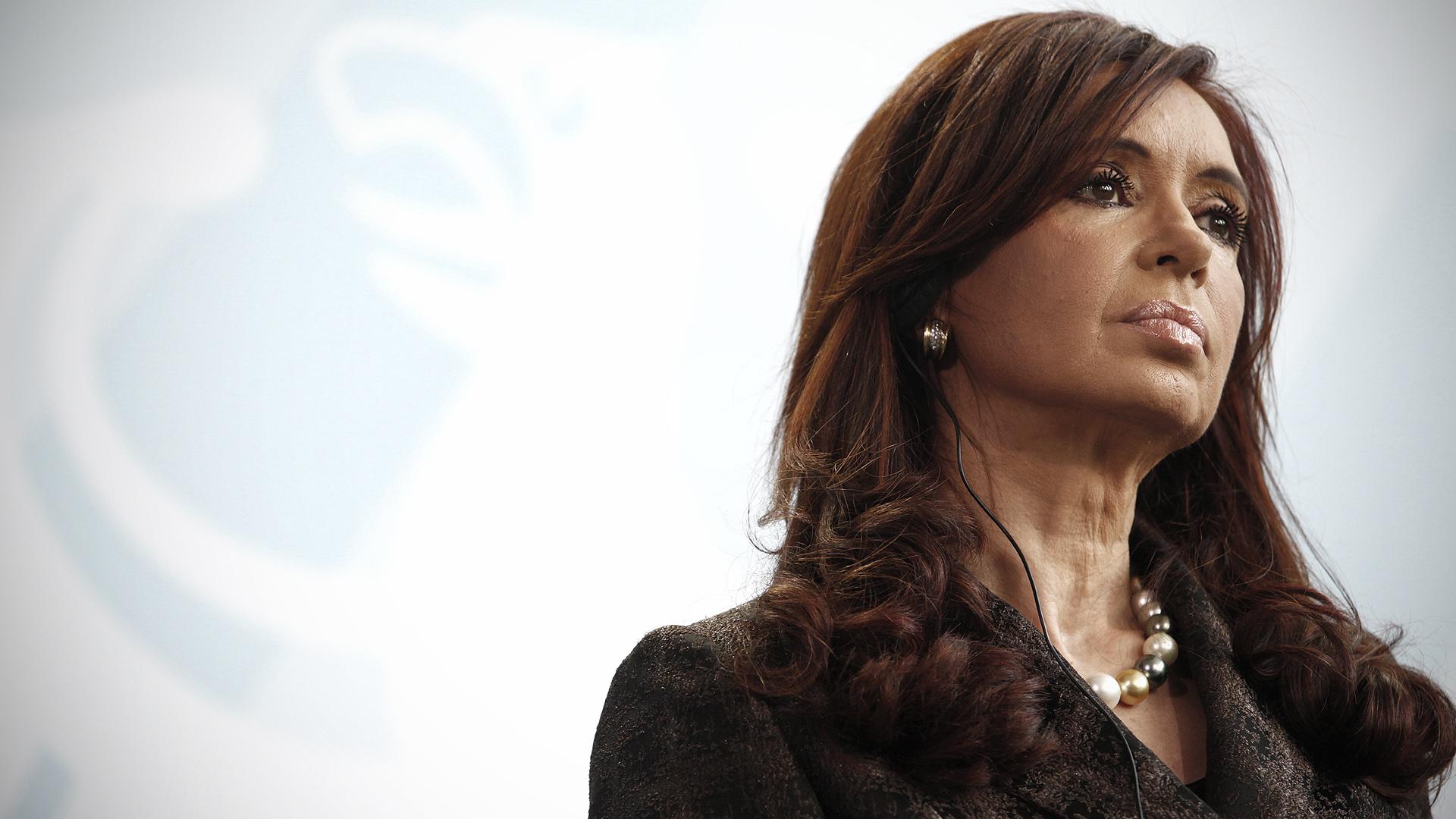 Brics é vítima da crise financeira, afirma Cristina Kirchner