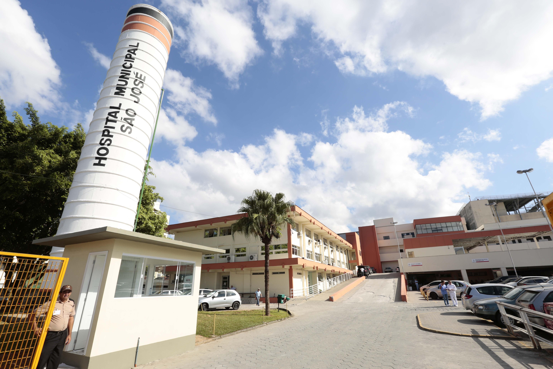 Governo Udo Döhler (PMDB) corta 56 vagas de médicos residentes no Hospital São José