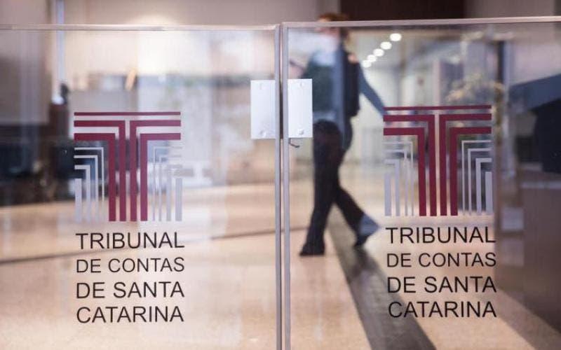 TCE/SC vai investigar possíveis irregularidades em gastos com publicidade da Prefeitura de Joinville (SC)
