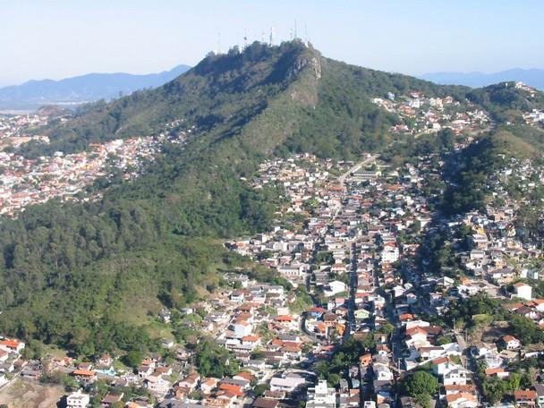 Comunidade Servidão dos Lageanos conquista uma etapa importante para garantir direito à moradia em Florianópolis